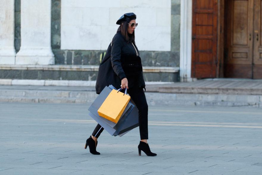 Shopping - guida ai negozi di Prato (copertina)
