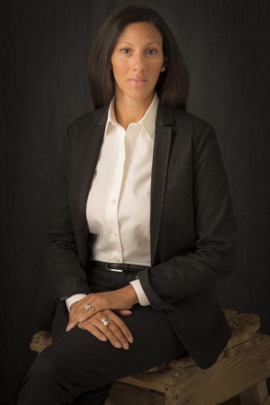 Dalahi Ortiz - La personal shopper aziendale per ogni occasione