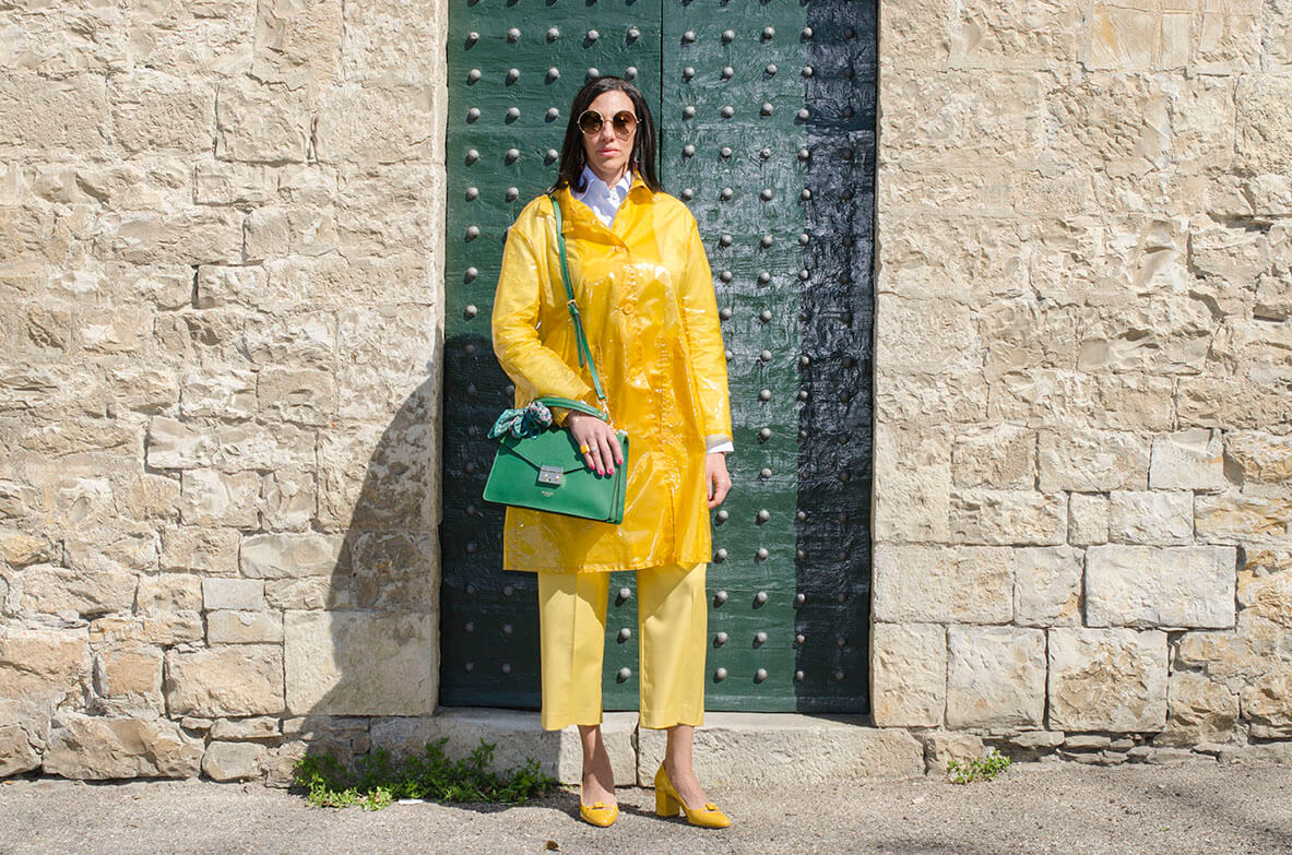 Outfit - Impermiabile giallo