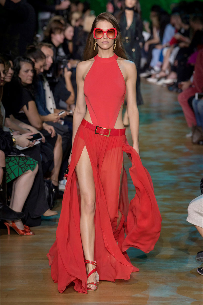 Colore rosso protagonista: le tendenze dalle sfilate - Elie Saab