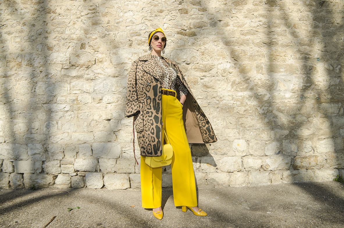 Look Animalier e giallo