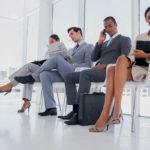 Come vestirsi in ufficio e creare un dress code professionale